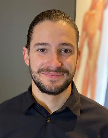 Dr. Lucas Rizzo